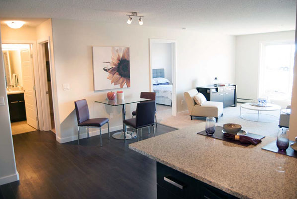 photo of living and dining rooms at Pacific Rise, Edmonton, Alberta