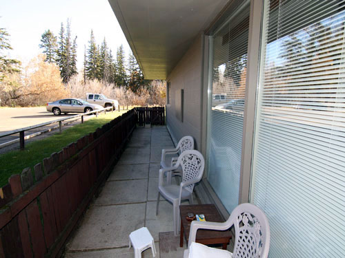 photo of patio at Willow Estates, Red Deer, Alberta